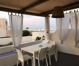 Torre dei Corsari mit Aussicht auf Meer und Dune