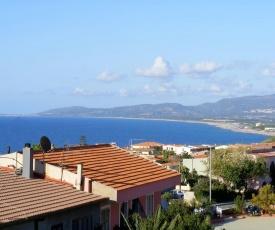Accu is Prezzus Villetta tipo A 80 mt dal mare