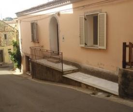 casa contrada del sole baja sardinia