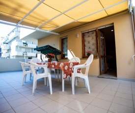 Alghero Charming Apartments, Steps from the beach