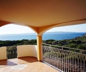 Appartamento bellissimo su 2 piani vista mare con 2 camere e 2 bagni perfetto per un soggiorno n