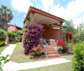 Casa con ampio giardino Sulcis